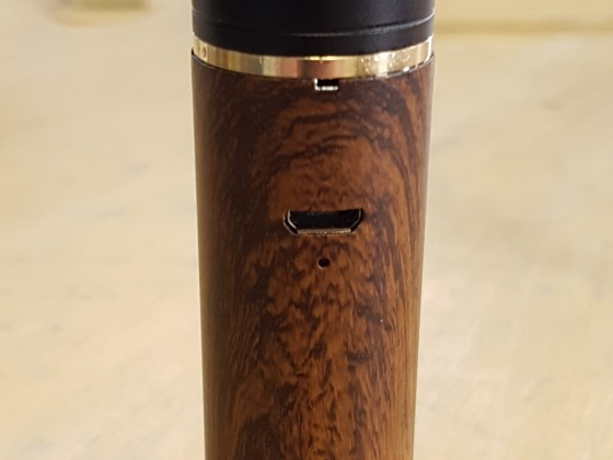 Eleaf iJust S in Wood Grain